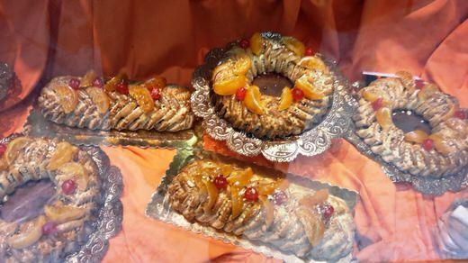 Delicious Sicilian sweets and cannolo in pasticceria Dagnino, Rome.